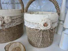 Flower Crafting Burlap, hemp, jute - all great materials for flower making Diy Arts And Crafts, Home Crafts, Twine Crafts, Plastic Buckets, Jute Twine, Baby Decor, Flower Making, Wicker Baskets, Handicraft