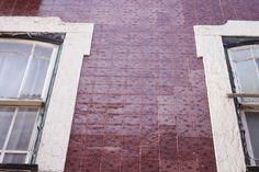 beautiful tiles of Lisbon, Portugal - in the colour of vinho tinto - teetharejade.com