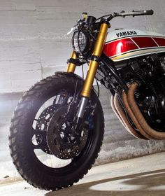 Yamaha XJ 900 by Tarmac Customs