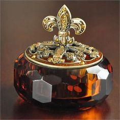 Fleur-de-Lis Amber Crystal Glass Trinket Box - I have one of these… Antique Perfume Bottles, Beautiful Perfume, Vintage Perfume Bottles, Glass Trinket Box, Trinket Boxes, Glas Art, Amber Crystal, Pretty Box, Objet D'art