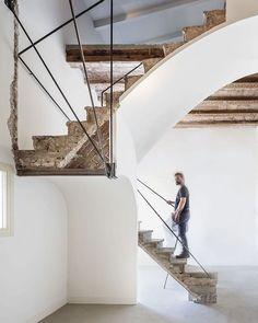 Never seen stairs quite like these in Vivienda Plàcid by Marc García-Durán #architecture #stairs #interiordesign