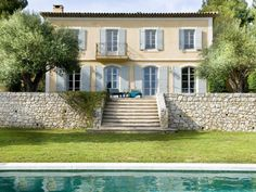 Tuscan style – Mediterranean Home Decor French Cottage, French Country House, French Farmhouse, French Villa, French Exterior, French Style Homes, Provence Style, French Architecture, Mediterranean Home Decor