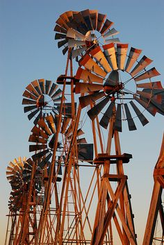 WOW Love this group of charming old windmills! ♥Old Windmills, Vintage Windmills, Rustic Windmills, Country Windmills, Windmill Parts! Vive Le Vent, Old Windmills, Windmill Art, Farm Windmill, Le Far West, Water Tower, Old Barns, Le Moulin, Covered Bridges