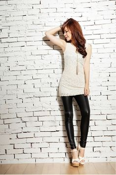 Specification Color: BLACK, RED Size: ONE SIZE Category: Women's Clothing » Bottoms » Leggings