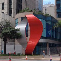Tomie na Paulista.