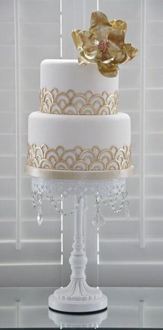 Deco Inspired Cake – shared on Cakes Décor by Sarah from Barney's Bakery