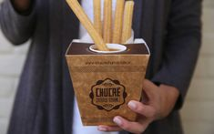 CHUCRÊ - Churros Gourmet Finger Food Appetizers, Finger Foods, Churreria Ideas, Sweet Taco, Bussines Ideas, Food Truck Business, Food Wishes, Donut Shop, Food Packaging Design