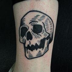 19 Ideas tattoo traditional skull ideas for 2019 Tattoo Uk, Tattoo Outline, Tattoo Fonts, City Tattoo, Time Tattoos, New Tattoos, Tattoos For Guys, Cool Tattoos, Tattoo Sleeve Designs