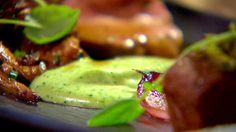 BLE HYLLET FOR PURÉ: Morten Klevers spinat- og pastinakkpuré ble hyllet av dommerne i Top Chef. Du kan få oppskriften nedenfor. FOTO: TV 2