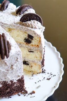 Cookies and Cream Cake ... with Oreos in the cake and the frosting. | @bakeat350