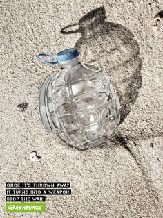 18New Social Ads That Are SoPowerful, They Can Hit You Like aLightning Bolt Ads Creative, Creative Advertising, Ad Of The World, Charity Organizations, Plastic Pollution, Environmental Art, Lightning Bolt, Advertising Campaign, Global Warming