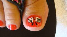 Auburn toes