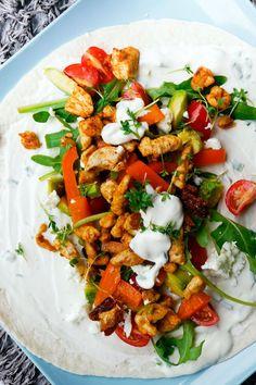 Hähnchen-Wraps mit Honig-Senf-Dressing - Gaumenfreundin - Food & Family Blog