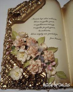 Karteczkowo Ani S: Jak ja to robię- Księga Cardboard Crafts, Paper Crafts, Altered Book Art, Book Gifts, Easy Gifts, Craft Gifts, Crafts To Make, Anniversary Gifts, Scrapbooking