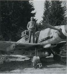 "Bf 109 G-6/R6 W.Nr. 44. ... ""Weisse 2"", Lt. Horst Prenzel, 1./JG 301, Holzkirchen, May 1944. Source: Flugzeug Classic 20010-03, p. 75. | Flickr - Photo Sharing!"
