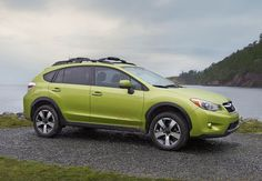 SUBARU XV CROSSTREK HYBRID_20 Most Fuel-Efficient SUVs of 2015