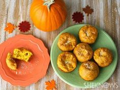 Perfect for Thanksgiving! Pumpkin-Parmesan Popovers #popovers #pumpkin