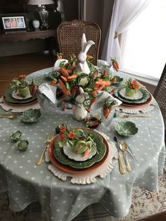 Want to know more about Easter crafts templates Easter Art, Hoppy Easter, Easter Crafts, Easter Eggs, Bunny Crafts, Easter Bunny, Easter Table Settings, Easter Table Decorations, Decoration Table