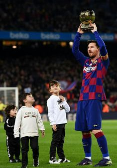 Sports – Mira A Eisenhower Lionel Messi Barcelona, Barcelona Football, Bengali Memes, Lionel Messi Family, Fc Barcelona Wallpapers, Lionel Messi Wallpapers, Messi 10, Messi And Ronaldo, Messi Photos