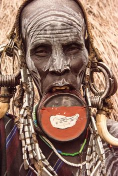 Mursi tribe, Mago, Ethiopia by Rod Waddington via Flickr. African Tribes, African Women, African Art, We Are The World, People Around The World, Mursi Tribe, Surreal Collage, Tribal People, First Humans