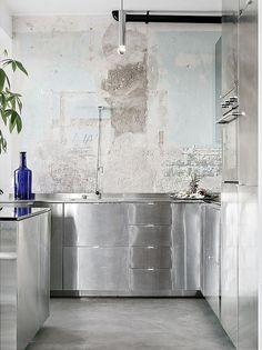 + Kitchen & Chrome ...