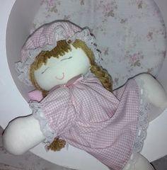 SWEET SOFIA: Boneca dorminhoca em nicho redondo