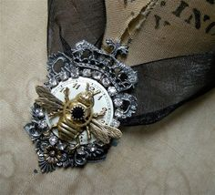 Steampunk Necklace for the Queen Bee