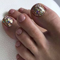 What Christmas manicure to choose for a festive mood - My Nails Glitter Toe Nails, Shellac Nails, Pink Nails, Chevron Nails, Jamberry Nails, Nail Polishes, Toe Nail Color, Toe Nail Art, Nail Colors