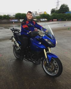 This is Karl who passed his DAS with us recently, and has come to show us his new ride a Triumph Tiger 1050 :-)