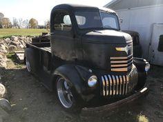 Cool vintage pickup truck!