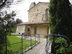 A unique Robert Dallas stone villa with panoramic sea views, Tourrettes sur Loup