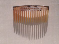 """Rene Lalique """"Bears Comb"""" c 1904 Horn, gold and diamonds"""