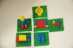 Lego Cupcake Toppers Bronwyn Thomas from  Bronnie Bakes made these awesome Lego cupcake toppers with step by step...