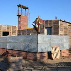 Maisons du Monde édite un mobilier durable pour la Villa Déchets - Marie Claire