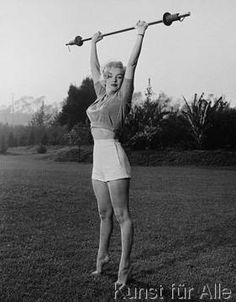 Bettmann / Corbis Archive - Marilyn workin'it