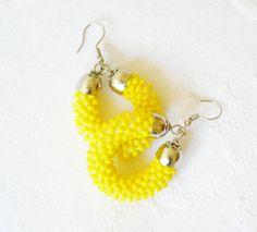 Orecchini giallo fluo. di Luthopika su DaWanda.com