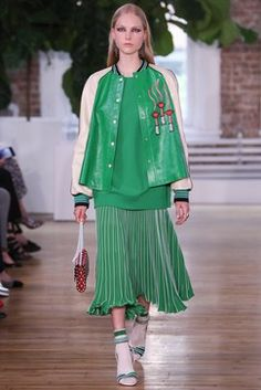 Valentino Resort 2018 Fashion Show Collection