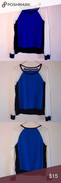 Express Elegant Long Sleeve Tee Perfect condition. Size M. Send OFFER :D If you have any questions please leave a comment :) Express Elegant Blue Black and White Long Sleeve T-Shirt Express Tops Tees - Long Sleeve