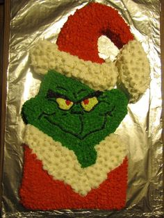 Grinch Christmas Cake By: Bryt's Bakes Pinned by Kidfolio, the parenting and sharing app with the built-in community!