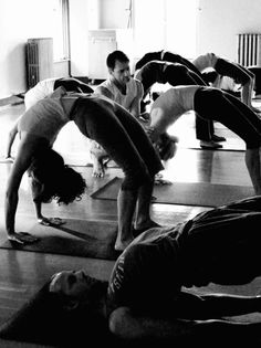 Black and White Bridge Yoga