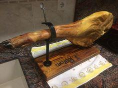 Un #PataNegra a precio de #Serrano. No lo dejes escapar. Porque en Sabores de La Mancha somos así   http://saboresdelamancha.es/es/inicio/403-jamon-pata-negra-gran-reserva-duroc-los-pedroches-75-kg.html  #jamlovers #jamon #jamoncurado #gourmet #delicatessen #dietamediterranea #jamoniberico #love #embutido #photooftheday #amazing #smile #look #instalike #picoftheday #food #instadaily #instafollow #followme #bestoftheday