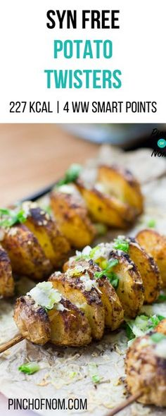 Syn Free Potato Twisters Pinch Of Nom Slimming World Recipes 227 kcal Syn Free 4 Weight Watchers Smart Points Slimming World Dinners, Slimming World Recipes Syn Free, Slimming World Diet, Veggie Recipes, Vegetarian Recipes, Dinner Recipes, Cooking Recipes, Healthy Recipes, Potato Recipes