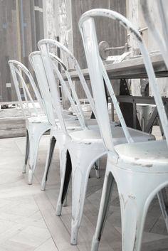 tolix chairs ♥ http://singularmarket.com/es/sillas-vintage/140-replica-silla-tolix-colores.html