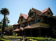 The Winchester Mystery House, San Jose, California | The 14 Absolute Creepiest Places To Visit In The United States