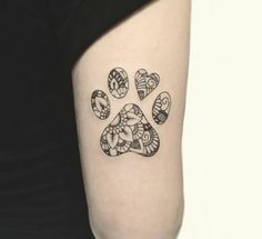 Excellent tattoos ideas are readily available on our internet site. Animal Lover Tattoo, Tattoos For Dog Lovers, Dog Tattoos, Animal Tattoos, Body Art Tattoos, Small Tattoos, Vegan Tattoo, Templer, Tattoo Fonts
