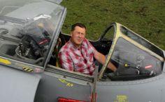 Builder restores Falklands Harrier Jump Jet bought on eBay - Telegraph