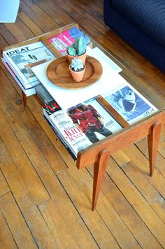 Robin Day vintage Coffee Table. Kim's Small Space in Paris — House Tour | Apartment Therapy