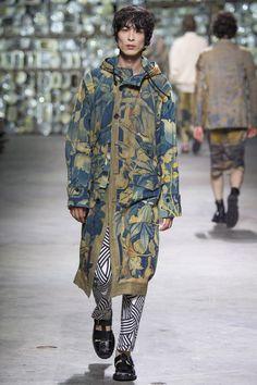 http://www.vogue.com/fashion-shows/spring-2017-menswear/dries-van-noten/slideshow/collection
