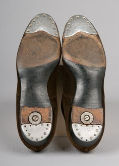 Tap Shoes Worn by Fred Astaire, c. Suede, leather & metal taps Department of Recreation and Parks, City of Los Angeles/FIDM Museum Remember tap shoes? Let ́s Dance, Dance Art, Just Dance, Fred Astaire, Classic Hollywood, Old Hollywood, Collections D'objets, Tap Shoes, Dance Shoes