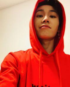 Writing Lyrics, Btob Ilhoon, Rap Lines, Fandom, Fans Cafe, Hoodie, Kihyun, Korean Actors, Korean Idols